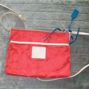 NWOT Coach Legacy Red Hippy Crossbody Bag NEW